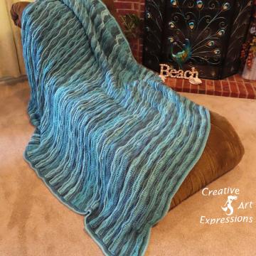 Sea Breeze King Size Blanket in Blue-tiful