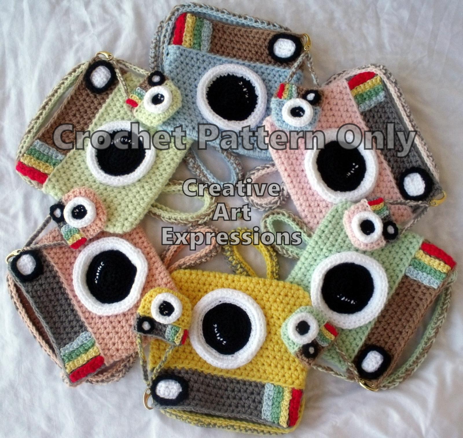 Camera Purse Miniature Crochet Pattern
