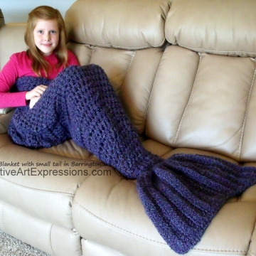 Mermaid Blanket Child Small Fin in Barrington