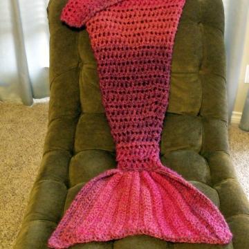 Mermaid Blanket Toddler/Preschool in Wildberries Stripes