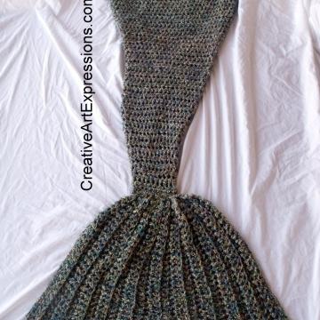 Mermaid Blanket Adult/Teen Momma Fin in Abalone