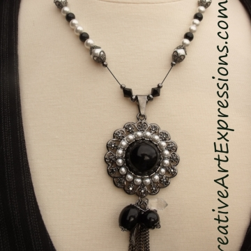 Creative Art Expressions Handmade Black & White Pearl Necklace Jewelry Design