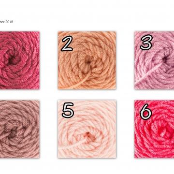 Camera Purse, Pink, Made to Order, Shades of Pink, Camera Bag,Stylish, Crochet, Fabric Lined